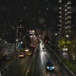 商店街の街路灯とイルミネーション